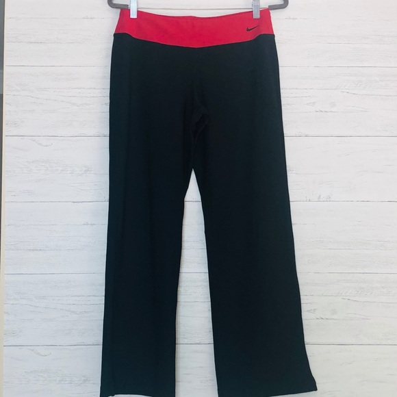 13adbdb4ced8e Nike Pants   Yoga Sz Medium810 Red Black Athletic   Poshmark